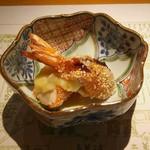 浪速割烹 喜川 - 海老の揚げ物、百合根、イクラの燻製ソース