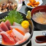 あづみ野 勝味庵 - 海鮮丼