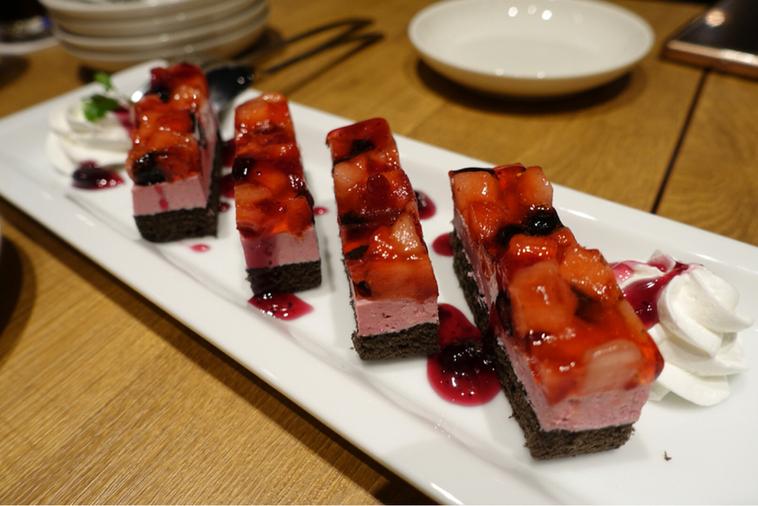 ワイン好きの肉バル 寓 蕨店