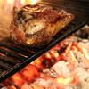 アンティカ オステリア マジカメンテ - 料理写真:鳥取産イノシシTボーンステーキ 中世の雰囲気漂うイノシシ職人の町オルヴィエート