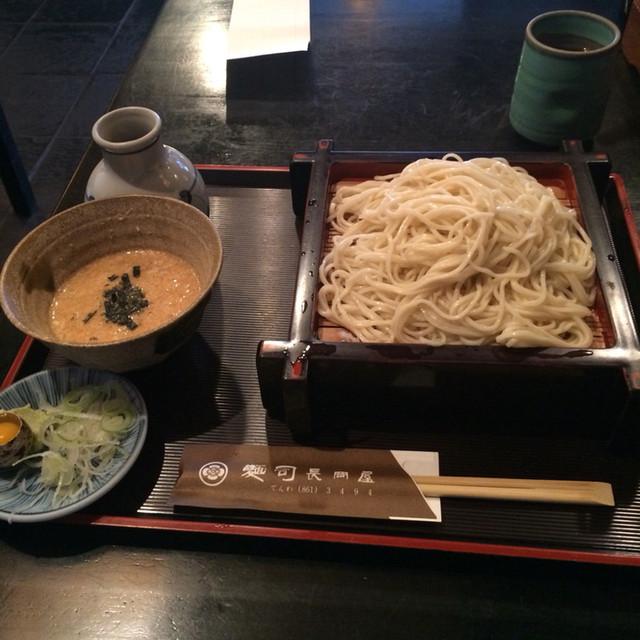 長岡屋 - とろろせいろの蕎麦。 税抜850円。 美味し。