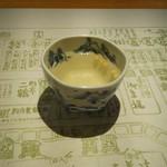 浪速割烹 喜川 - 昆布の出汁