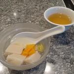 60422353 - 【料理】デザートの杏仁豆腐
