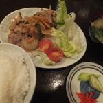 気軽 - 料理写真:生姜焼680円