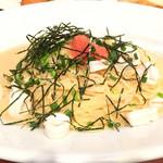 カフェ・ハット - イカと明太子のスパゲッティー(850円) +Aセット200円(バケット・サラダ・ドリンク・デザート)