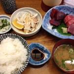 竹原 - まぐろ定食(ピンボケご容赦)