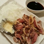 地鶏亭 仁 - 薩摩地鶏タタキ(たまり醤油) 1058円