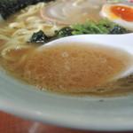 一八家 - ラーメンのスープ
