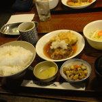 ビュッフェ - 日替わりランチ・おろしハンバーグ(700円)