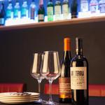 魚介イタリアン&チーズ UMIバル - 魚介・牡蠣に合うワイン入荷しました♪新宿ワインならUMIバルへ