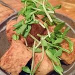 60433770 - 島豆腐のカラッと揚げ ニンニク醤油