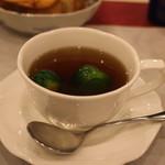 オー ミリュー ドゥ ラ ヴィ - 芽キャベツのスープ