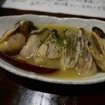 60443011 - 大粒牡蠣のガーリックバター