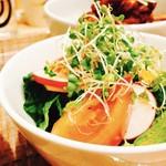 スリーピース - さっぱりサラダが食べやすいですよ!!