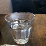 60451926 - 冷たい水。                       うまし。