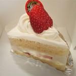 パティスリー ヨシカワ - ショートケーキ