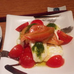 Urano matsusuke - トマトとモッツァレラ カプレーゼ