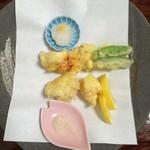 かに通 - 本タラバ天ぷら