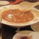 中華料理 雄 - 季節野菜スープ