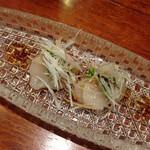 60462012 - ホタテと雲丹のカルパッチョ ニンニク醤油