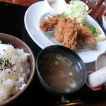 とん高庵ひゃくらい - 限定15食のカキフライ定食 980円