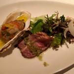 60463797 - 前菜3種盛りは、牡蠣のコンフィ・合鴨コールドマリネ・タコのタルタル