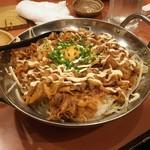 木村屋本店 - 挑戦状メニユーの豚スタミナ丼(ライス1Kg)