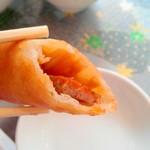 広州名菜 聚英 - 春巻はハムと筍に椎茸