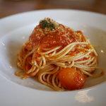 シェルズ キッチン - フレッシュトマトのパスタ