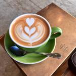 タオカ コーヒー - CAFE LATTE(H)