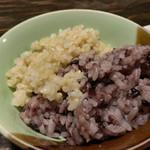 にこちゃん堂 - ★★★☆ お昼のご飯  玄米と黒米のハーフ盛り