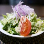 シチューとカレーの専門店 銀座 古川 - セットのサラダ 結構大盛り