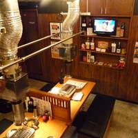 ホルモン焼肉 七福-☆1階はカウンター席とテーブル席があります(*^_^*)☆