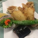 大衆割烹 ひかり - 虎魚の唐揚げ。小ぶりながら、旨味の強さは一流です。
