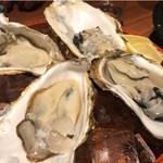 魚米 - 岩牡蠣