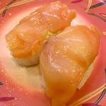 回転寿司一心 - 「赤貝」(110円)。