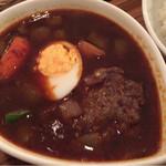 60489669 - 黒スープのハンバーグ辛さ1