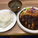 洋食の店 ブーン - チキンカツ定食