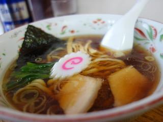 ふじ乃 - 手打ち中華(¥500)スープは比内地鶏、白河ラーメン系となります