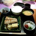 和の菜彩 さとう - 2016.12)焼き魚定食(1200円)