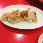 純華楼 - 焼き餃子