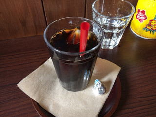 Mana Cafe - 「カレーセット」のドリンク。 食後に提供です。 KISSチョコ付き!