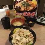 伝説のすた丼屋 - すた丼\580円
