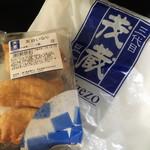三代目茂蔵豆富 - 五目いなり(108円)