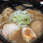 麺匠 竹虎 - 魚介豚骨ラーメン大盛り