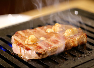 焼肉 とんび 栄店 - とんび焼