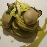 オルト - 牡蠣と菊菜のパスタ