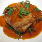 ラカント - 肉料理 豚フィレ肉のピカタ仕立て、粒マスタードソース、ジャガイモとキノコのフリカッセ添え