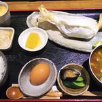 60512151 - 【ランチ】 日替わり定食の農家御膳 この日は淡路鶏 \900