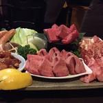 焼肉たらふく  - 料理写真: